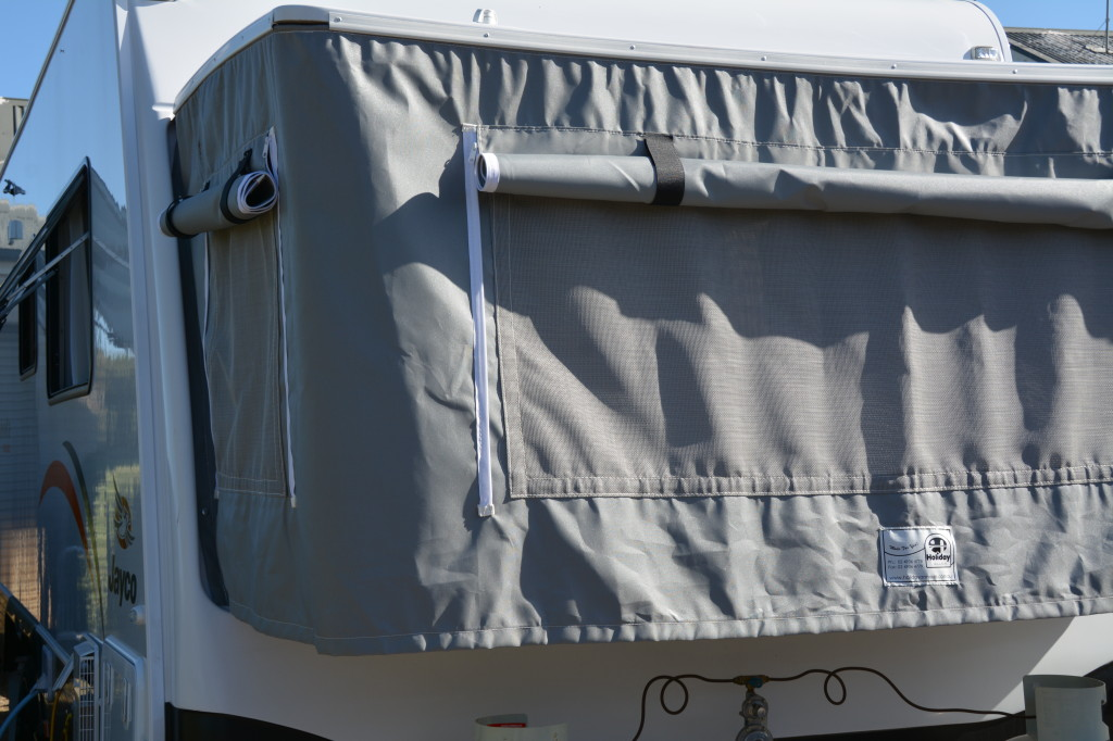 Holiday Annexe Jayco Expanda bed fly