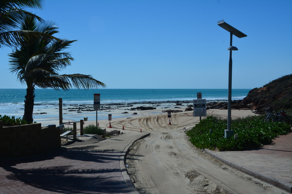 Cable Beach access, Broome
