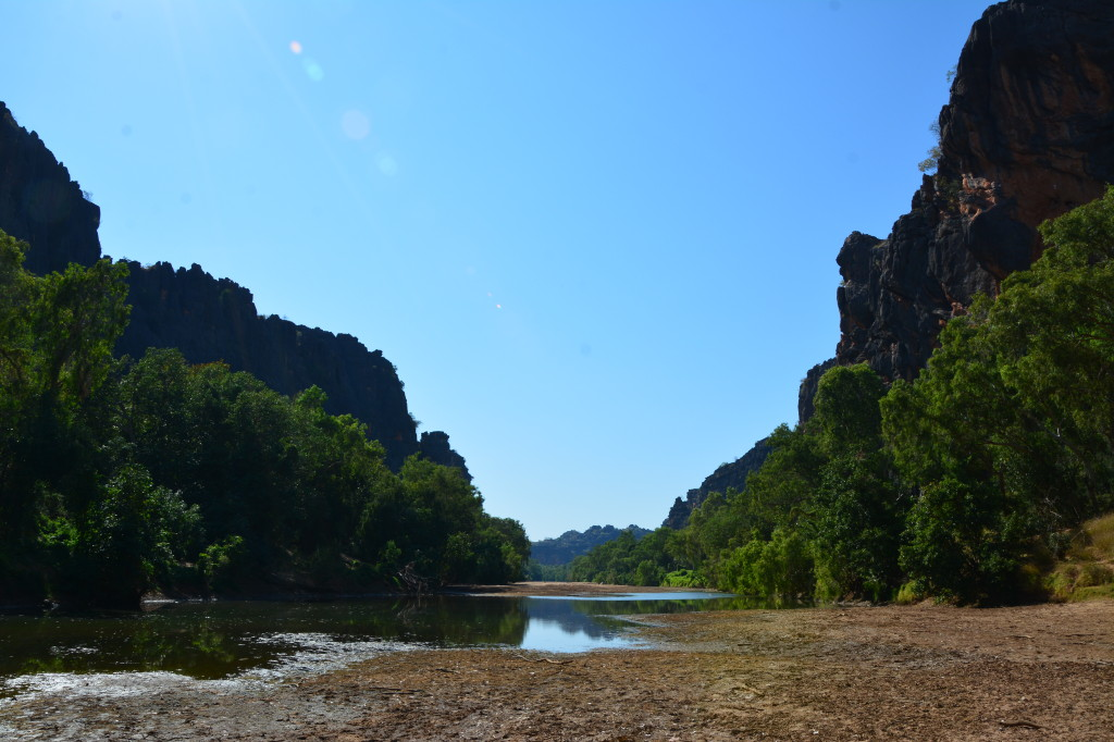 Low tide at Windjana Gorge, not a good place for swimming